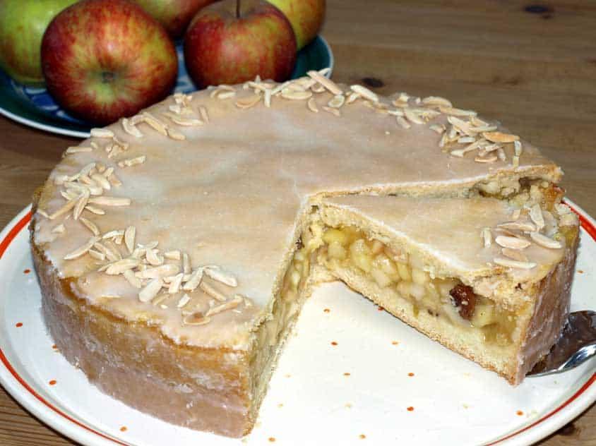 Super saftiger Apfelkuchen –  Rezept für Backanfänger