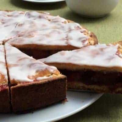 gedeckter Pflaumenkuchen Rezept