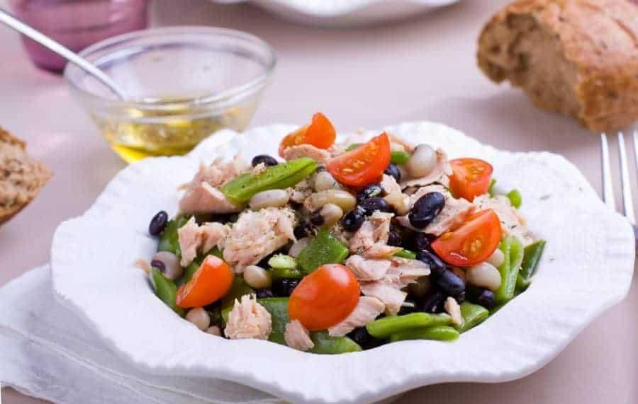 Kochen mit Tiefkühlbohnen – gesundes Bohnensalat mit Thunfisch