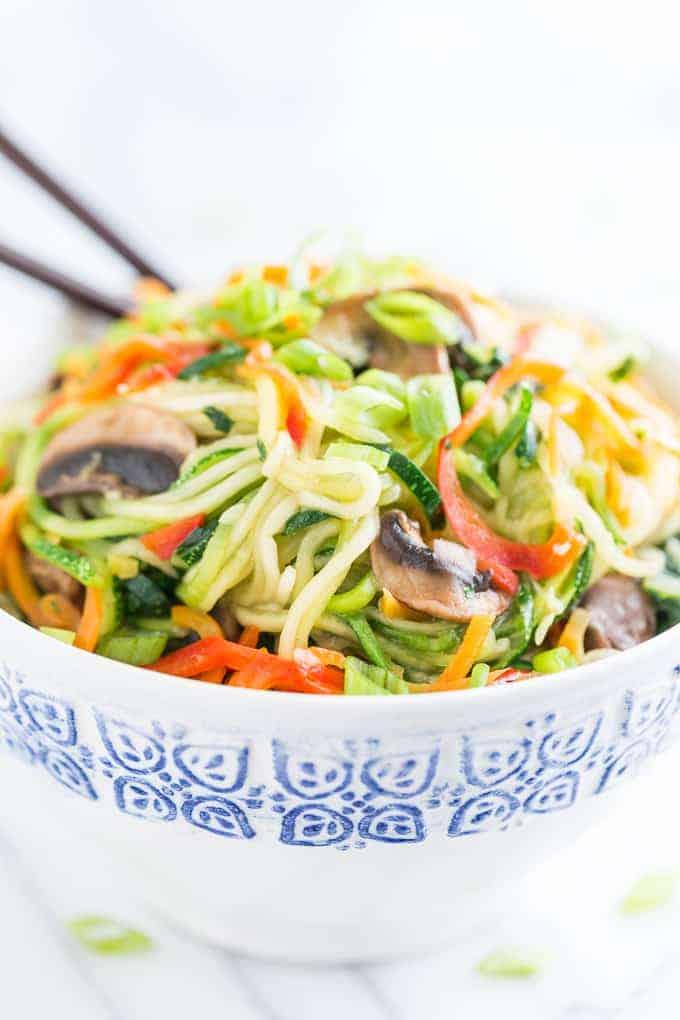 Zucchini gesund und lecker gemacht a la Veggie Lo Mein