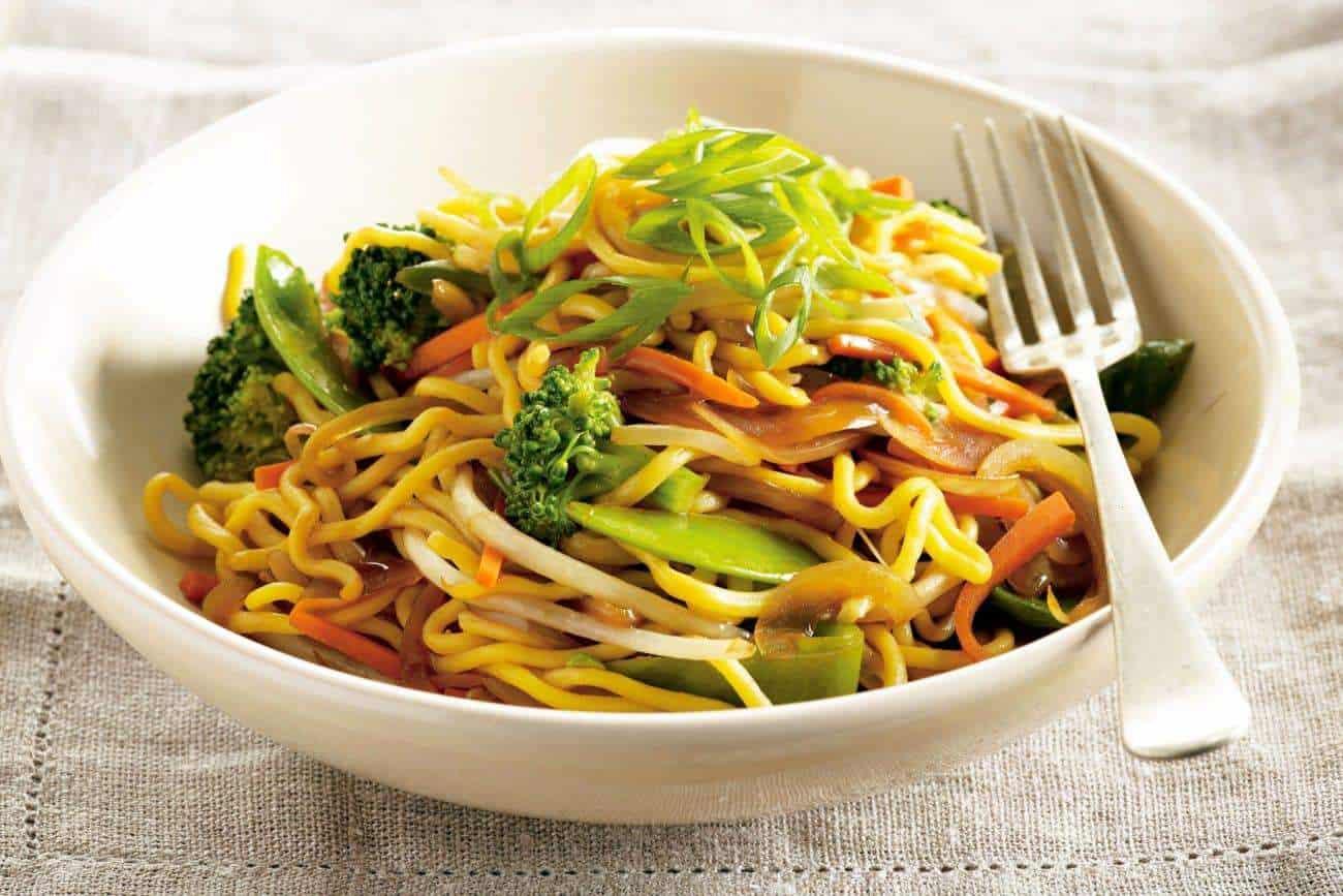 Nudeln mit Gemüse – Thai Rezept