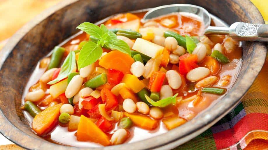 Minestrone Suppe: faszinierendes Rezept für den Winter