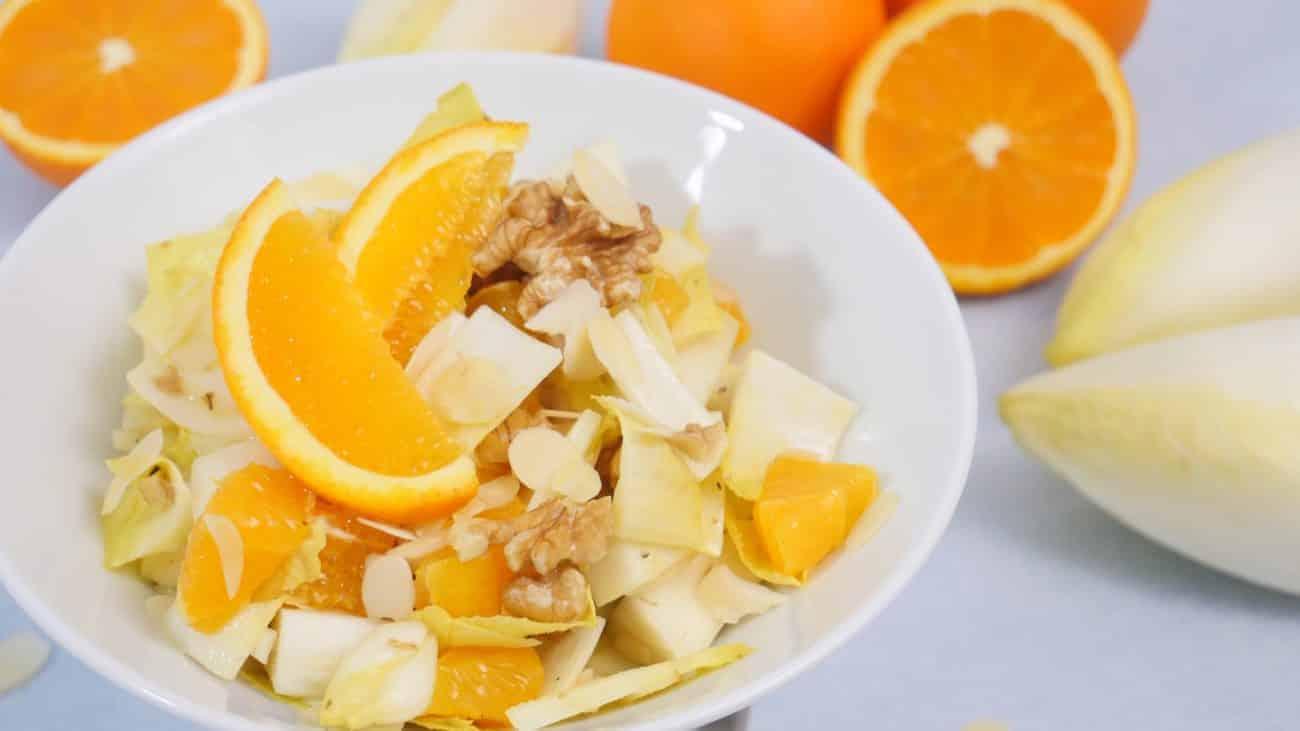 Chicorèe Salat mit Mandarinen, Kresse und Meerrettich