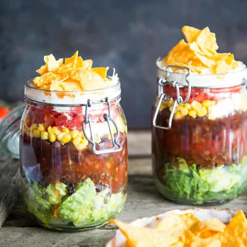 Salat im Glas zubereiten Taco Salat