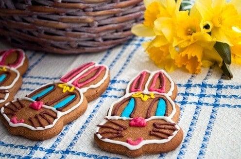 Ostern Kaninchen mit Honig und Roggenvollkornmehl