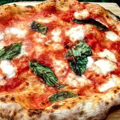 Pizza Napoli selber zubereiten