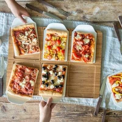 Pizza backen und servieren