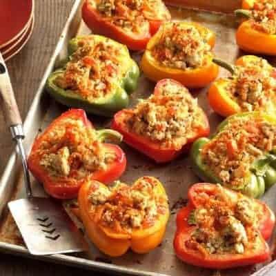 Gefüllte Paprika mit Putenhackfleisch