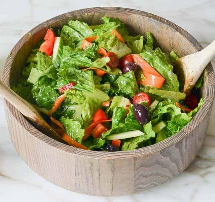 Italienischer Salat mit Dressing: bunt lecker