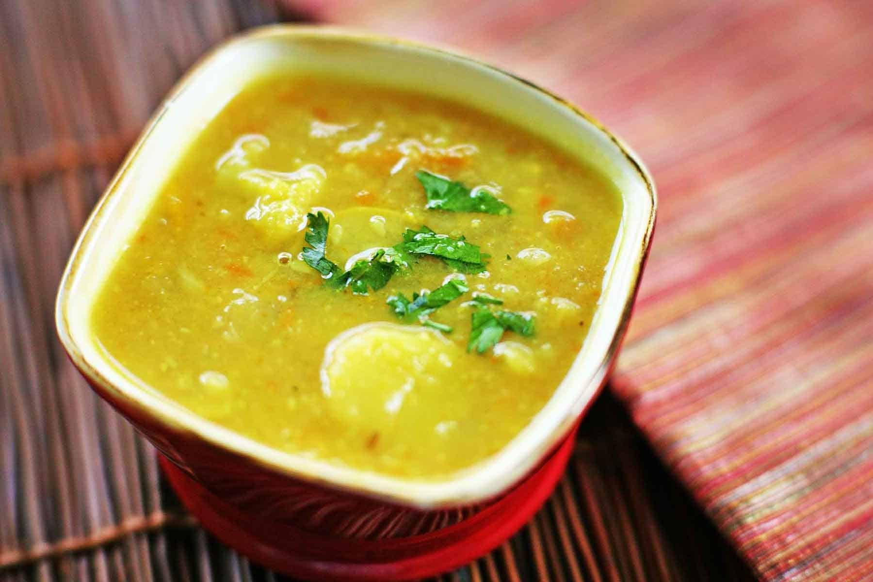 Kartoffel Gemüsesuppe mit Curry