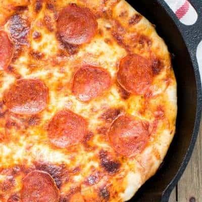 Pan Pizza Salami
