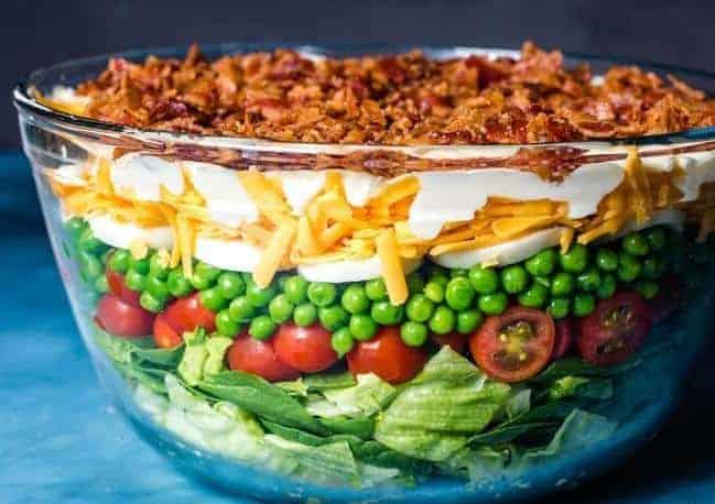 Sieben Schicht Salat – traditionell amerikanisch