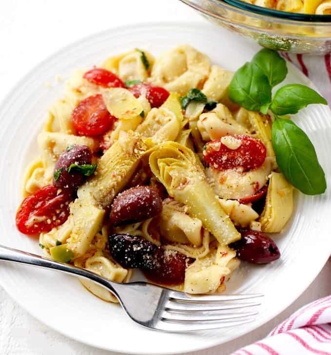 Tortellini Salat – sonniges vegetarisches Rezept