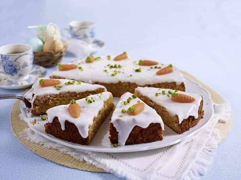 Saftiger Karottenkuchen mit schmackhaftem Frischkäse-Frosting