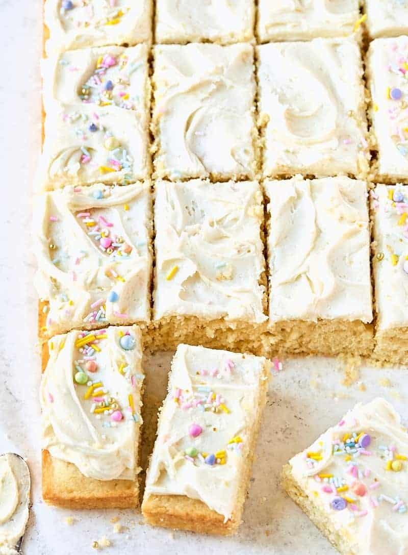 Leckerer Zitronen-Blechkuchen – wahre Liebe!