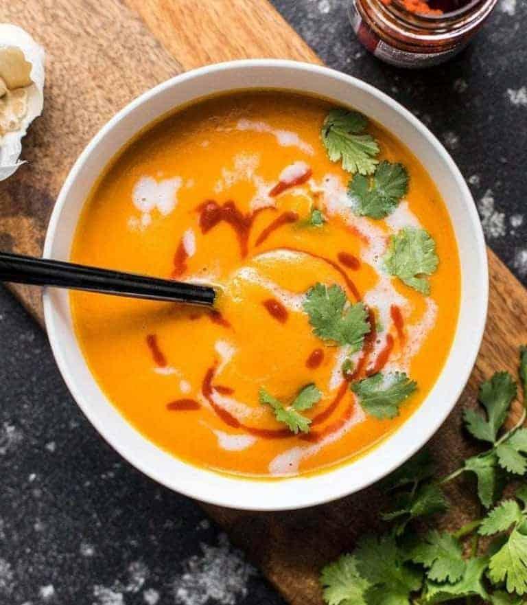 Günstige vegetarische Partysuppe – exotisch und lecker