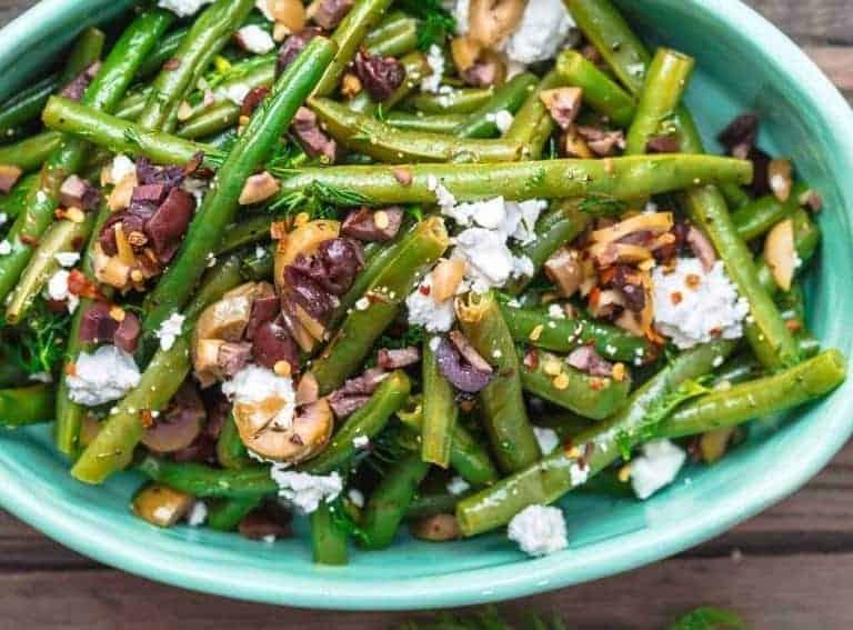 Grüne Bohnen Salat mit Oliven und Feta