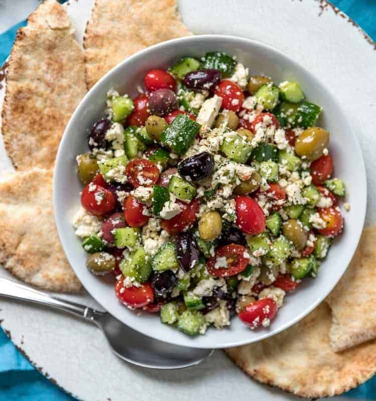 Bunter Paprika Salat mediterraner Art