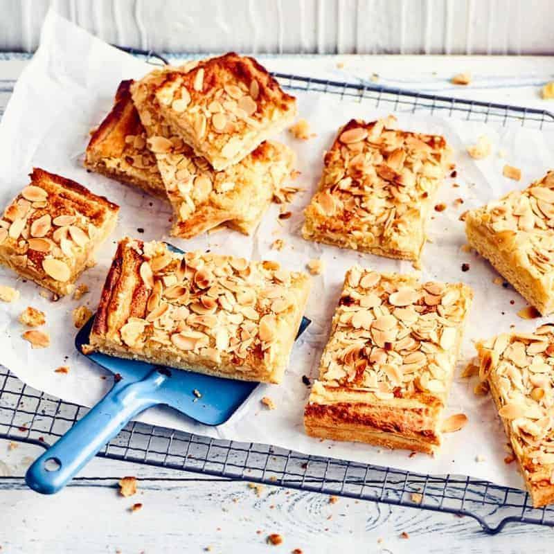 Butterkuchen mit Mandeln vom Blech – ein wirklich einfaches Rezept
