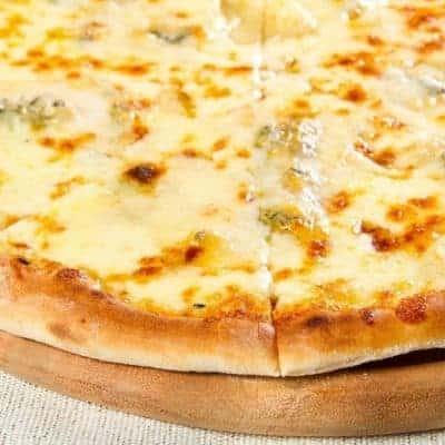 Quattro Formaggi Pizza selber backen