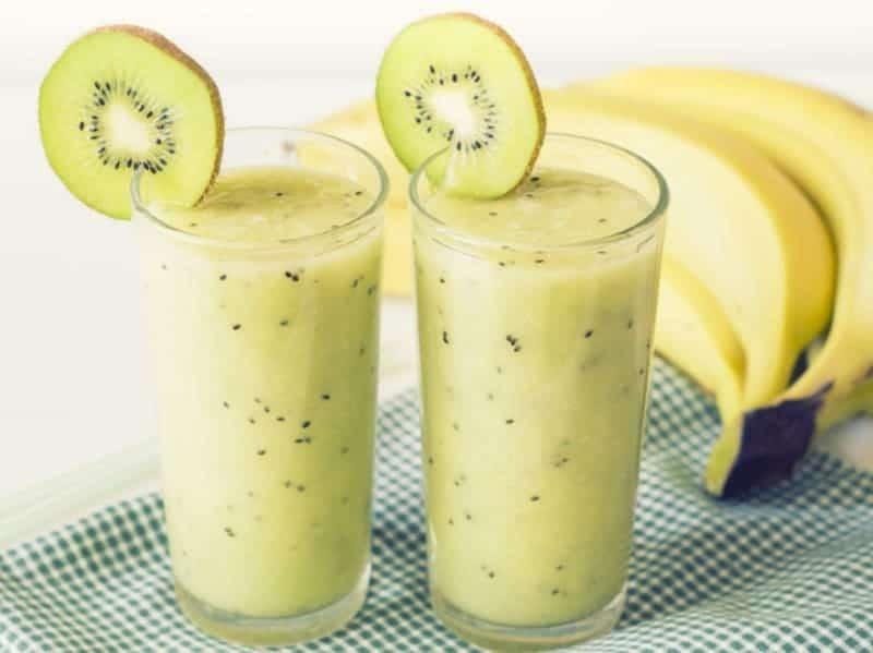Fruchtige Smoothie mit Bananen und Kiwi – super leicht gemacht