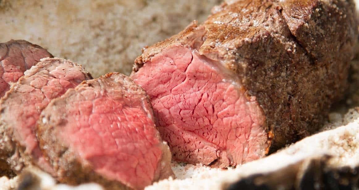 Salzbraten – Rindfleisch in Salzkruste backen