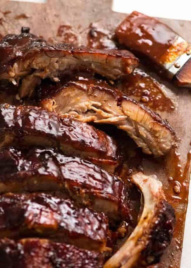 Spareribs mit hausgemachter BBQ-Soße