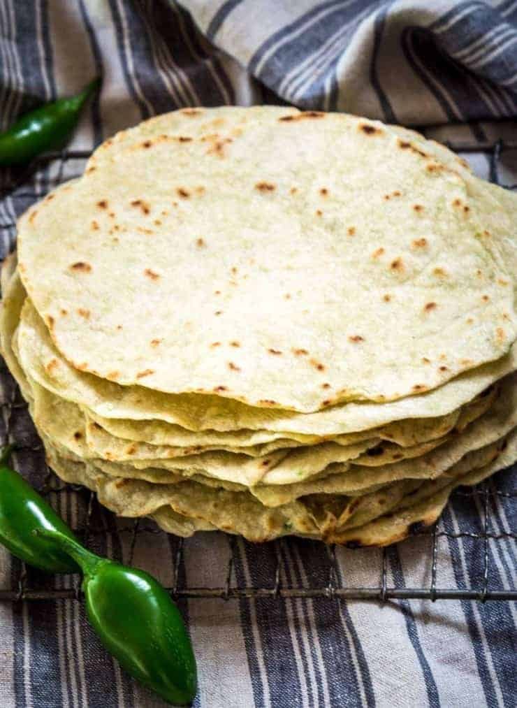 Tortilla mit Jalapenos, mexikanisch, genial