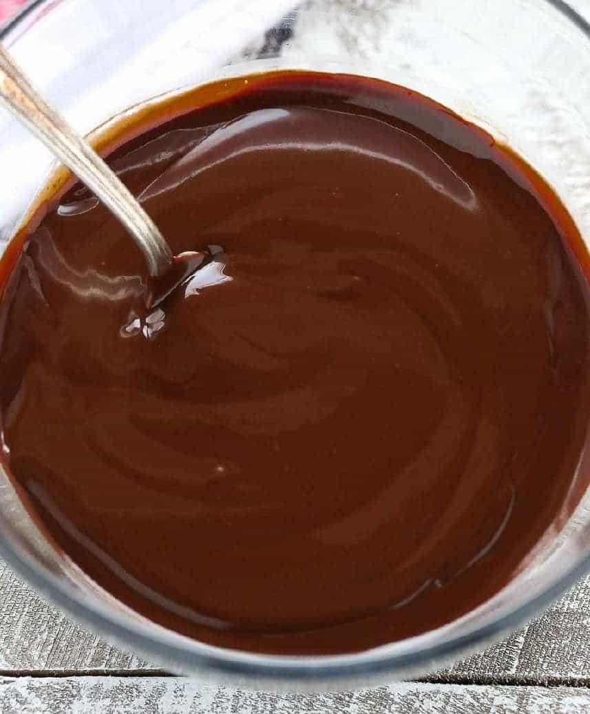 Ganache aus Schokolade zaubern – eine herrliche Krönung!