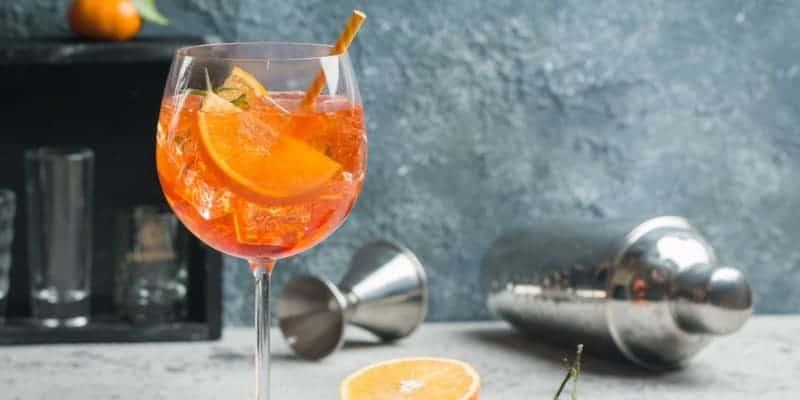 Aperol Spritz: das Originalrezept für den italienischen Cocktailklassiker