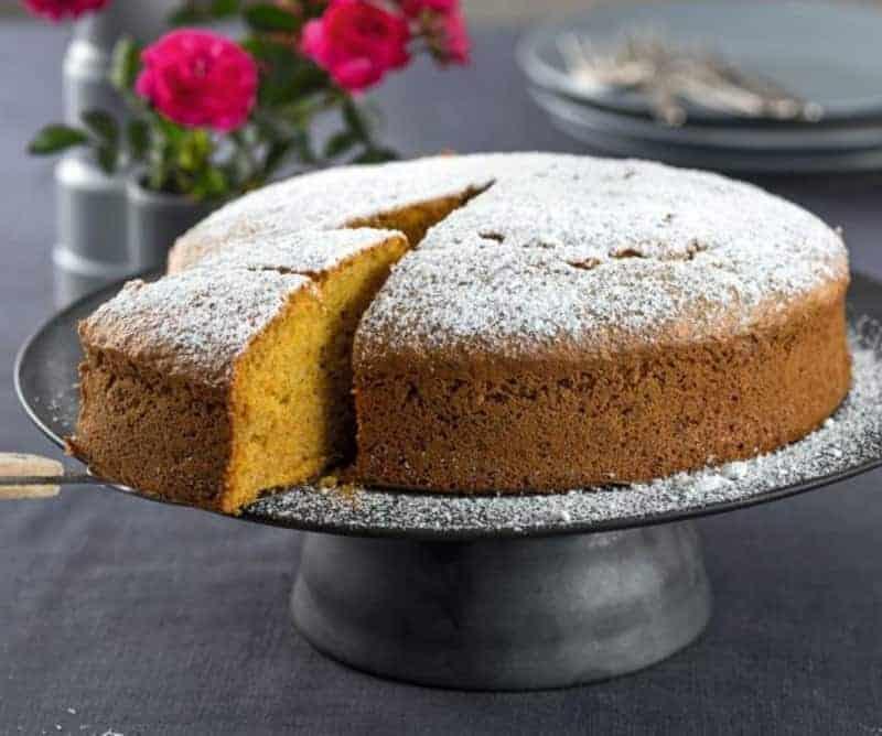 Kürbis Haselnuss Kuchen mit Zimt: super lecker & aromatisch