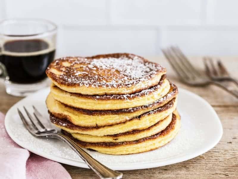 Low carb Frühstück: Frischkäse-Pancakes ohne Zucker