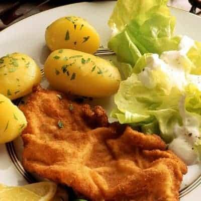 Wiener Schnitzel Rezept mit Petersilienkartoffeln