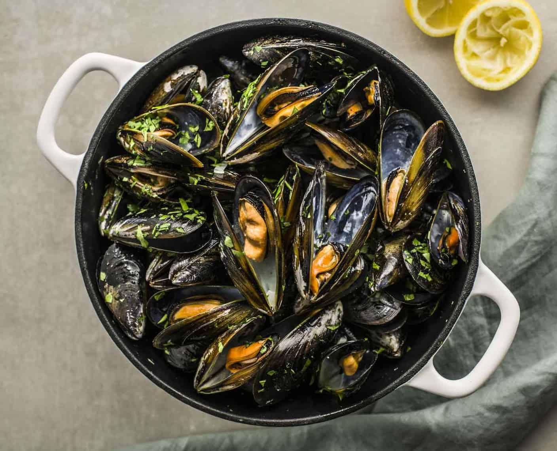 Muscheln in Weißweinsoße