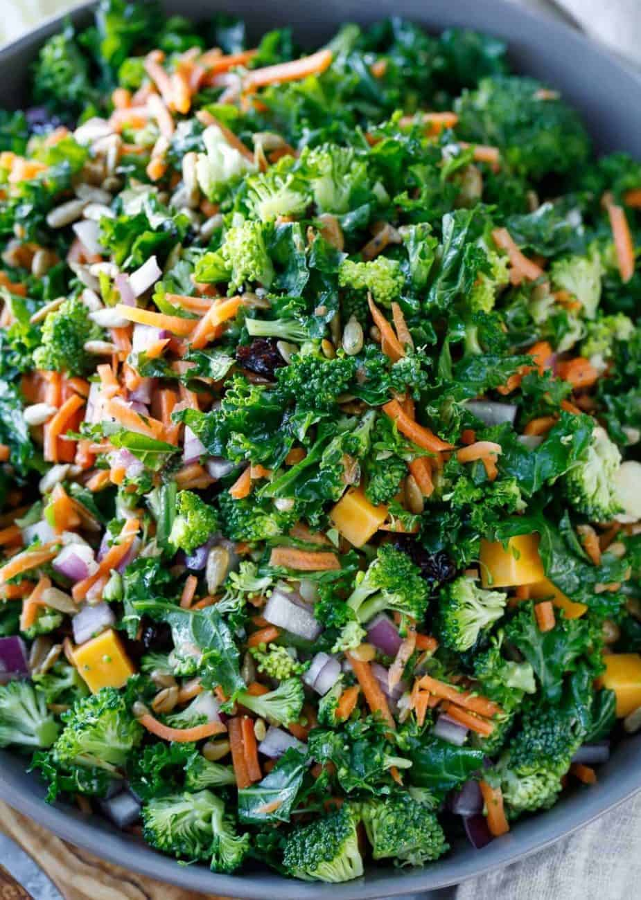 Kale oder Grünkohlsalat – grün, gesund und absolut lecker!