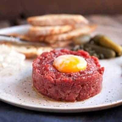Tatar mit Rindfleisch