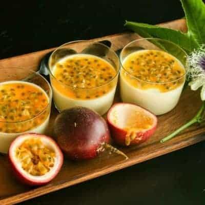 Panna Cotta mit Zitronengras und Passionsfrüchte