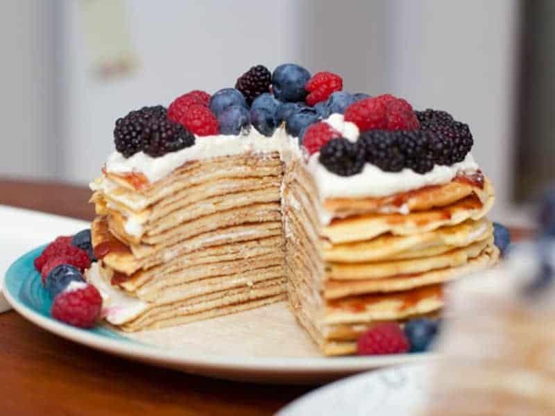Pfannenkuchen Torte mit TK-Himbeeren und Mascarponecreme