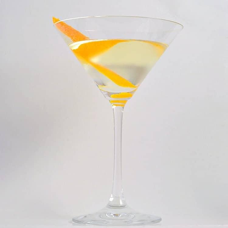 Vesper Martini – 3 Min. James Bond Cocktail