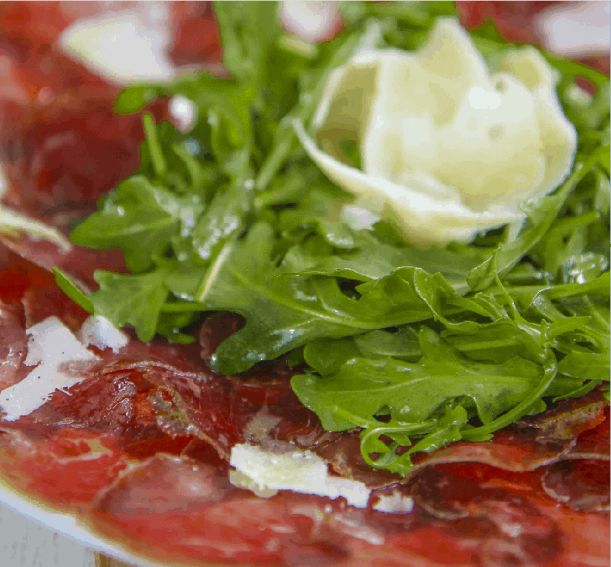 Salat mit Bresaola und Rucola: einfach simpel