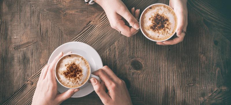 Kaffee trinken mit Freunden