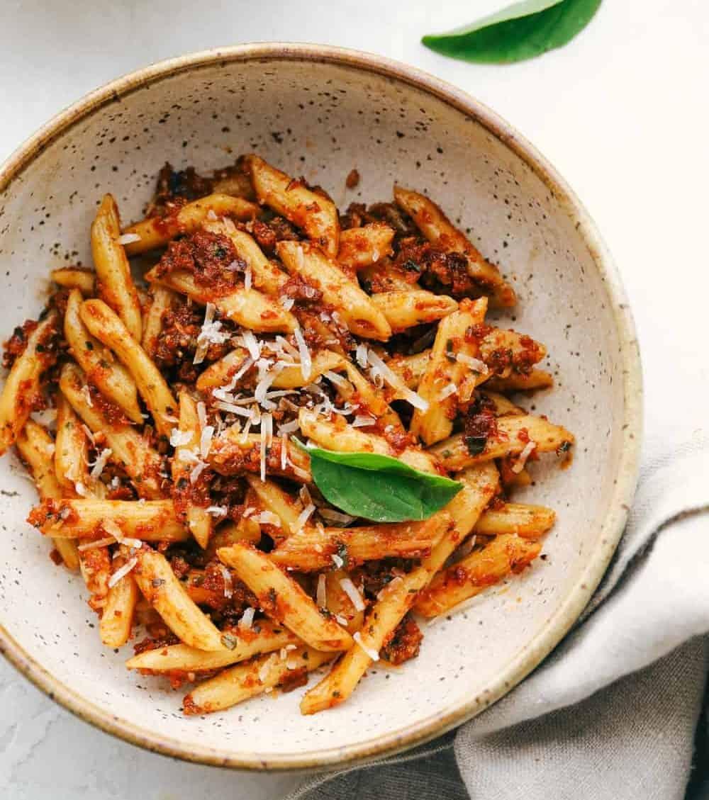 Barilla Nudeln mit Tomaten-Pesto in 20 Min.