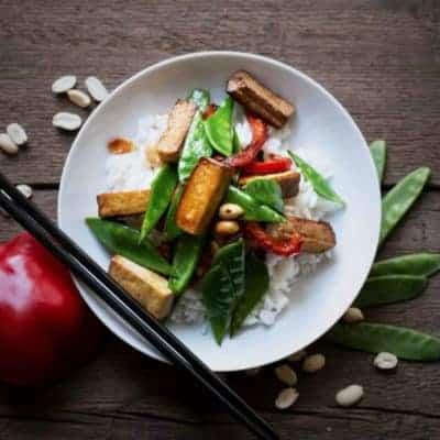 Tofu mit Reis und Gemüse