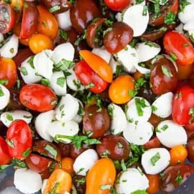 Tomaten Mozzarella Salat leichtes Rezept