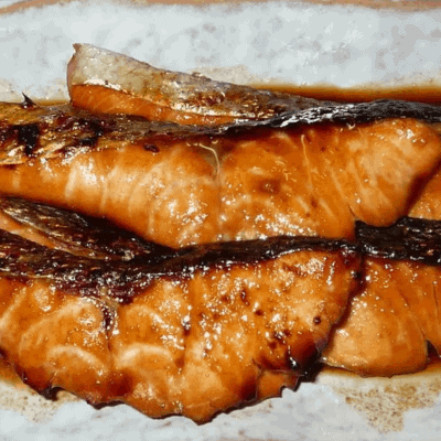 Gegrillter Lachs mit Mirin