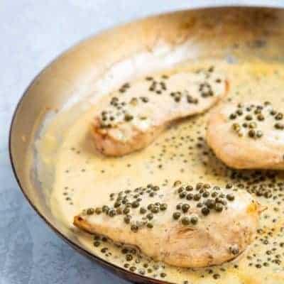 Hähnchenbrustfilet mit grüner Pfeffersoße