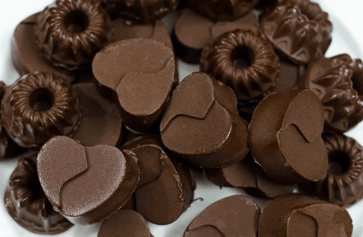 Schnelle und köstliche Schokopralinen aus Kakaobutter