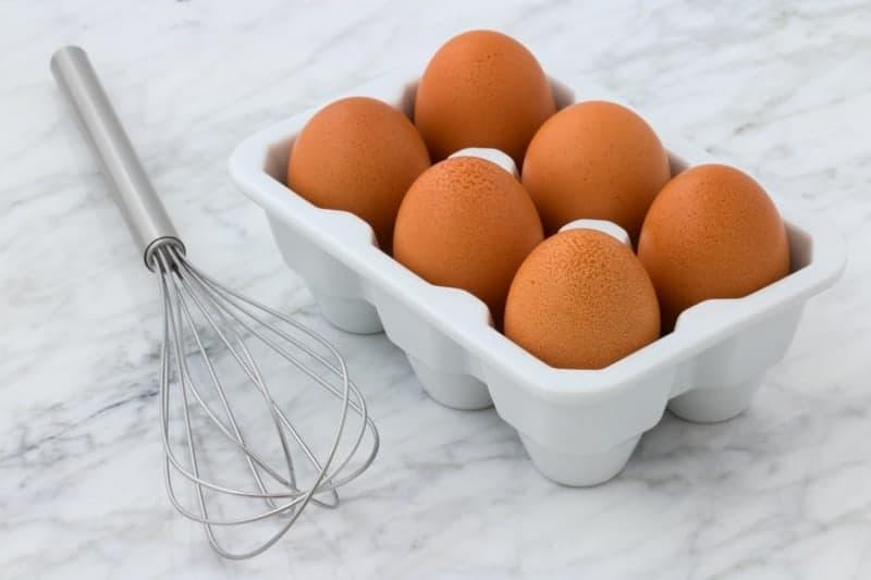 Eier zubereiten Frühstück