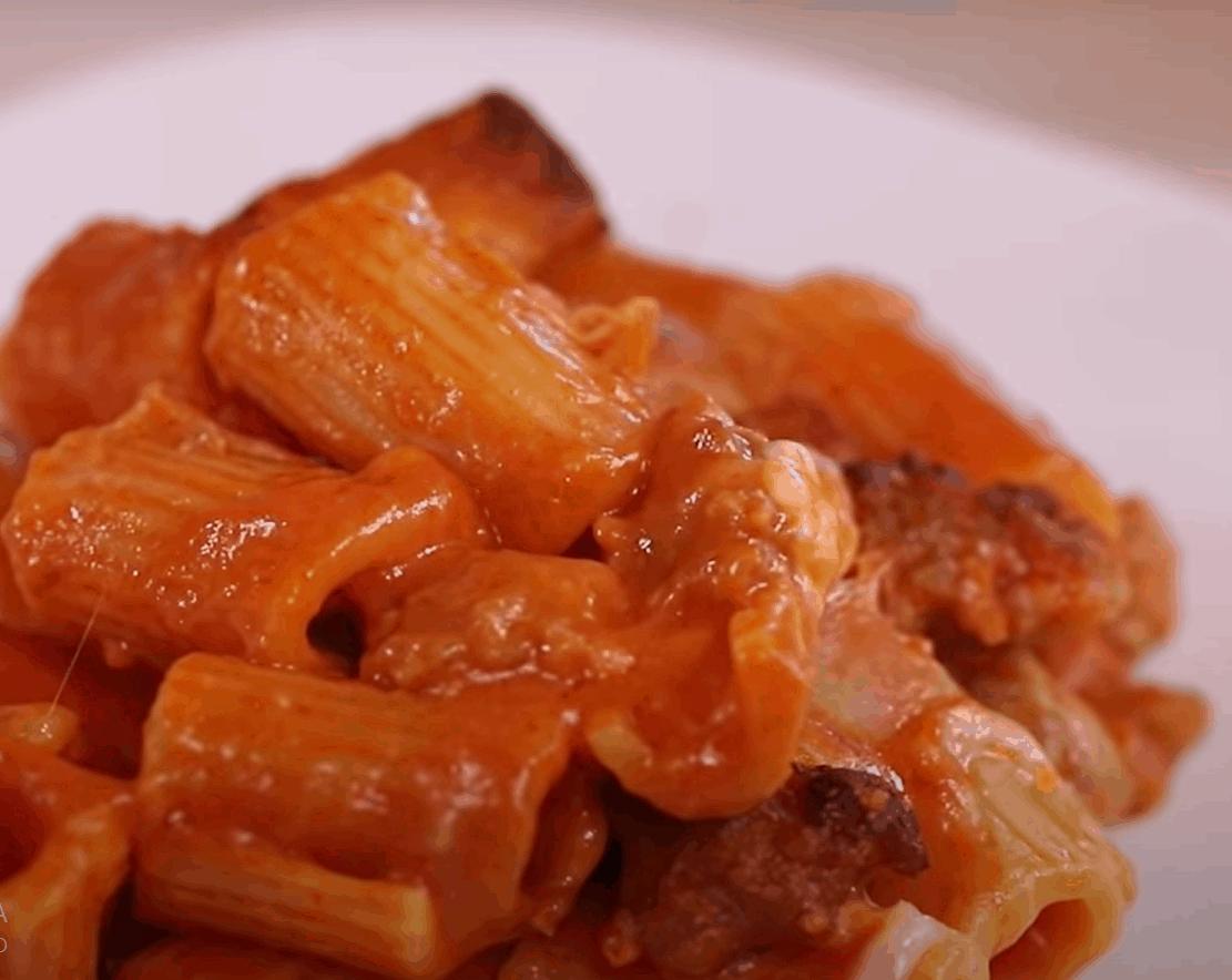 Rigatoni al forno: das beste italienische Pastagericht!