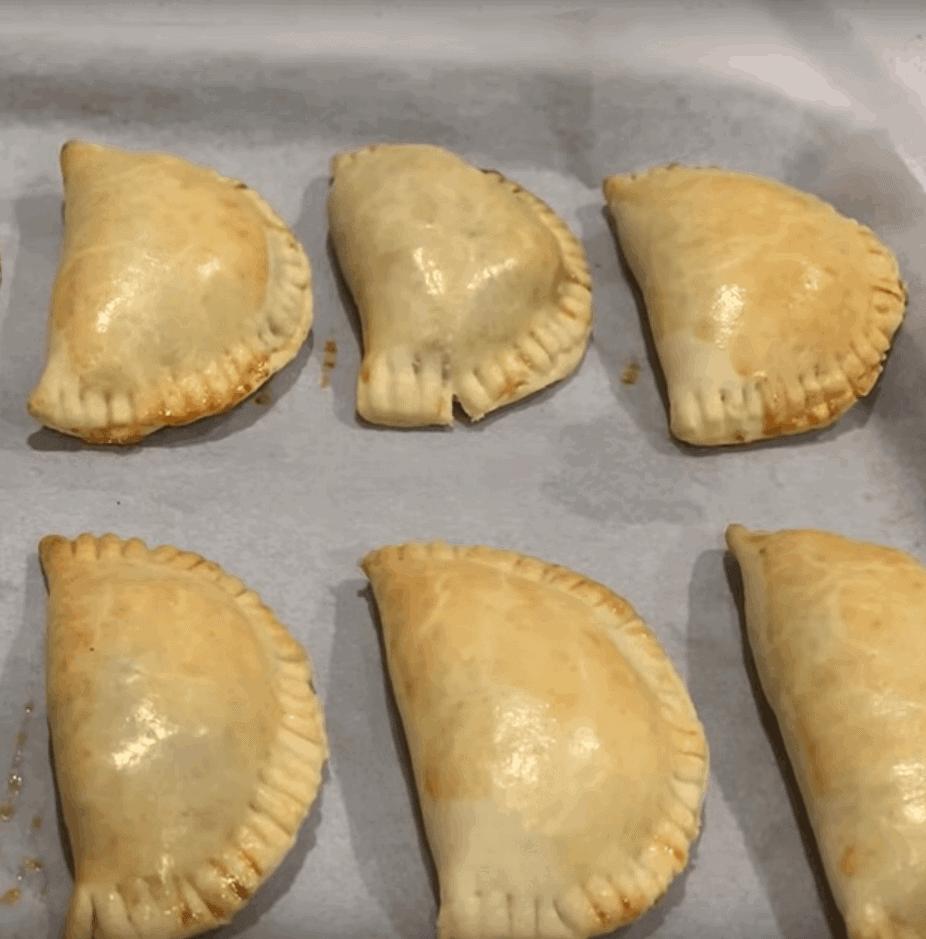 Empanadas mit Huhn: köstlich und schnell